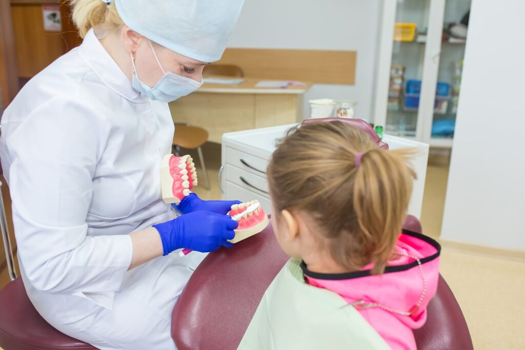 peuter, tandarts, tandarts amsterdam, peuter tandartsbezoek, peuter amsterdam, amsterdam tanden, amsterdam gebit, tandpasta tandarts, tandpasta amsterdam, amsterdam mondhygienist, amsterdam tandartsassistente